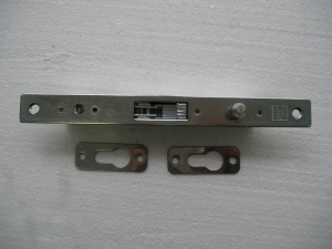 Zamek hakowy H 60 (bramy przemysłowe)